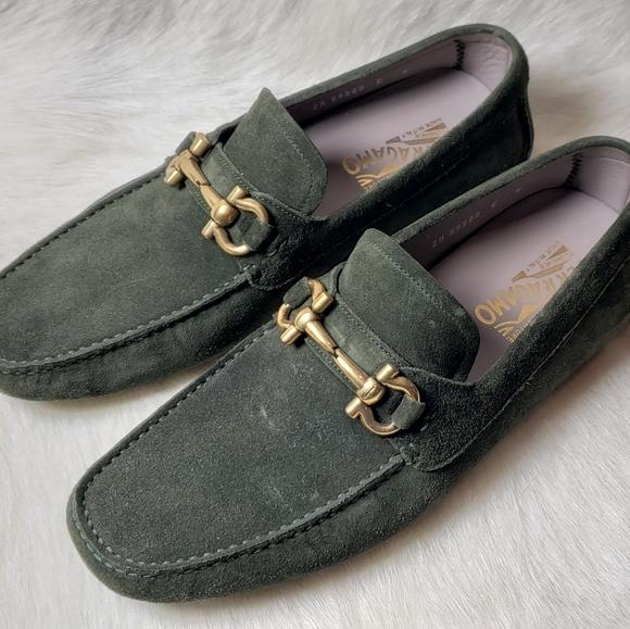 Ferragamo Men's Loafers Never Worn Suede Gold HW